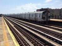 Southbound F train leaves Avenue P