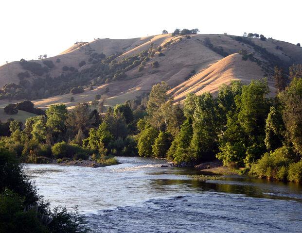 File:American River at Coloma.jpg