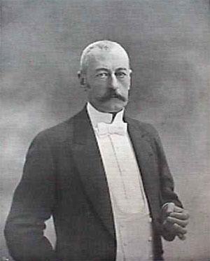 File:Pierre Marie René Ernest Waldeck-Rousseau(1900-1904).jpg