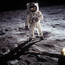 File:220px-Aldrin Apollo 11.jpg