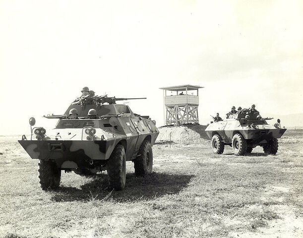 File:V-100 Commando.jpg