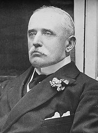 File:200px-John French, 1st Earl of Ypres, Bain photo portrait, seated, cropped.jpg