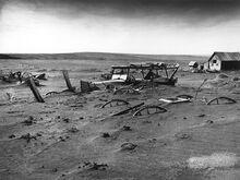 800px-Dust Bowl - Dallas, South Dakota 1936