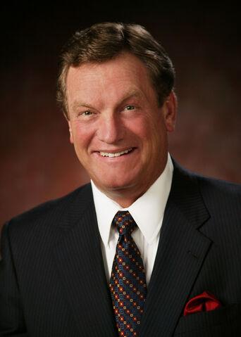 File:Mike Simpson, official Congressional photo portrait.jpg