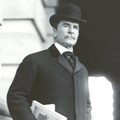 File:Perry Belmont (1904-1912).jpg