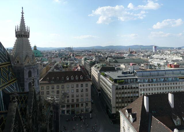 File:Stephansdom Vienna July 2008 (27)-Stephansdom Vienna July 2008 (31).jpg