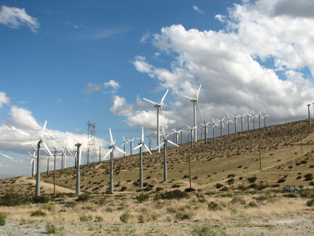 File:San Gorgonio Pass Wind Farm IMG 0504.jpg