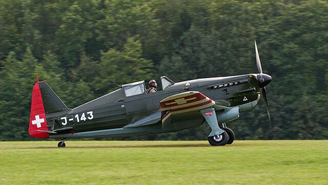 File:800px-Morane-Saulnier D-3801 HB-RCF OTT 2013 04.jpg