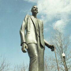 A statue of Robert in Alton, Illinois, his birth place