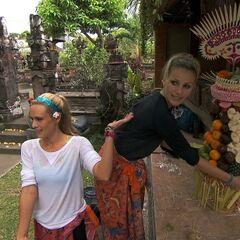 Caroline &amp; Jennifer doing the <i>Fruity Top</i> <a href=