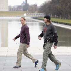 Bates & Anthony looking for the Lincoln Memorial at the final leg.