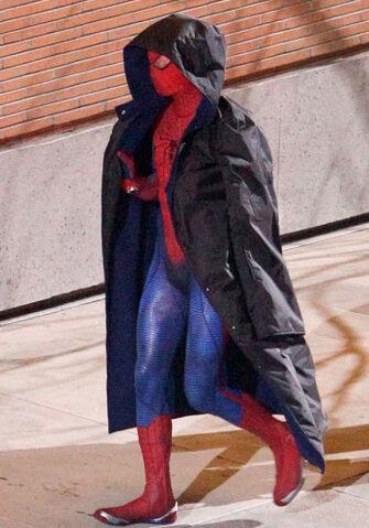 File:Spider-man-set-photos-11.jpg