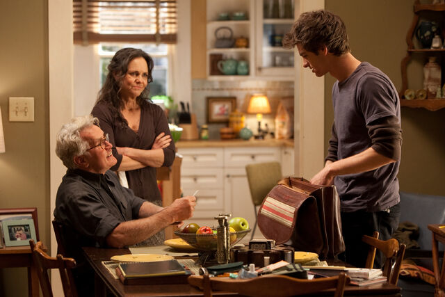 File:Peter speaks to Ben and May.jpg