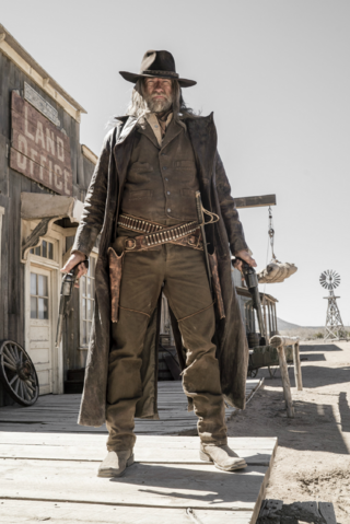 File:Preacher season 1 - The Cowboy standing tall.png