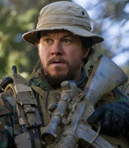 File:Marcus Luttrell played by Mark Wahlberg.jpg