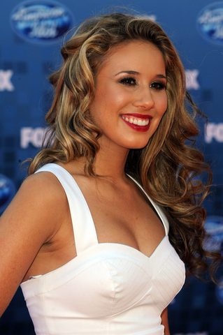 File:Haley Reinhart Pic.png