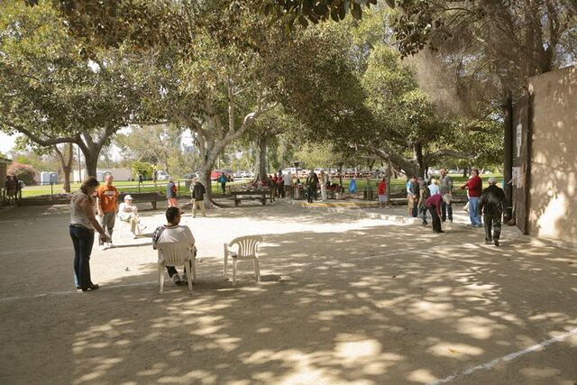 File:Terrain CA LosAngelesPetanqueClub.jpg