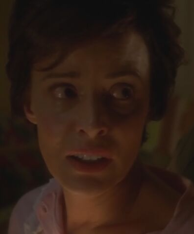 File:S02E08 Rhonda Lancaster.jpg