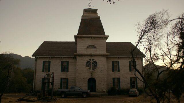File:Roanoke House exterior.jpg