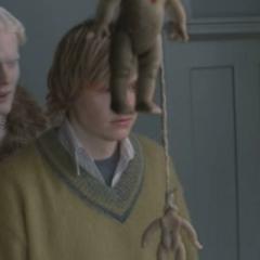 Albino Talks To Tate