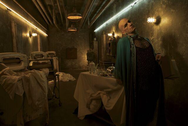 File:American-Horror-Story-S5-PP4.jpg