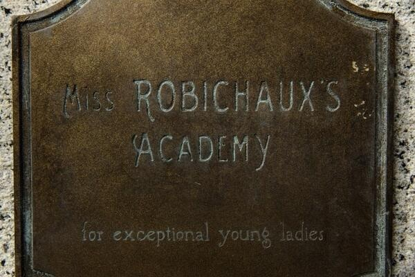 File:Miss R Academy plaque .jpg