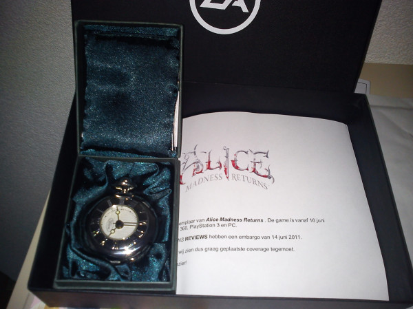 File:Pocket watch reward package.jpg