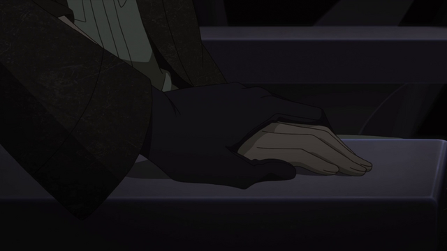 File:Ikki Holds The Heroine's Hand.png