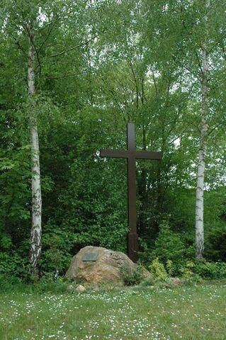 File:Eppstein memorial.jpg