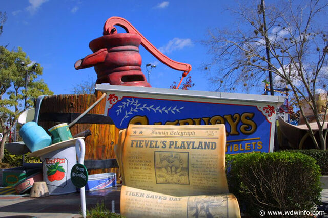 File:92b Fievel's Playland.jpg