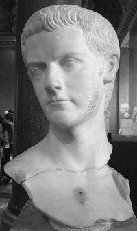 Caligulabust Louvre