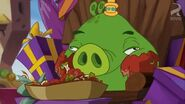SNEEZY DOES IT KING PIG EATING
