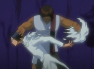 Sado tears Uryu's cape in Dangai