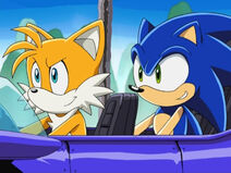 034sonictails