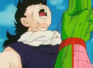 Piccolo punchs gohan3