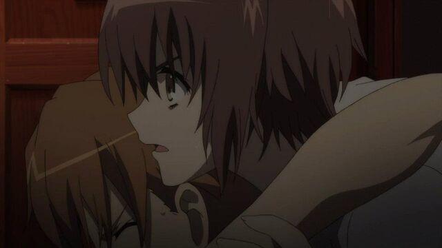 File:Mochizuki helping Teshigawara.jpg