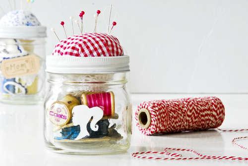 File:Sewing-Kit-in-a-Jar.jpg