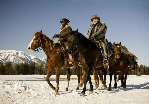 File:Mounted runners.jpg
