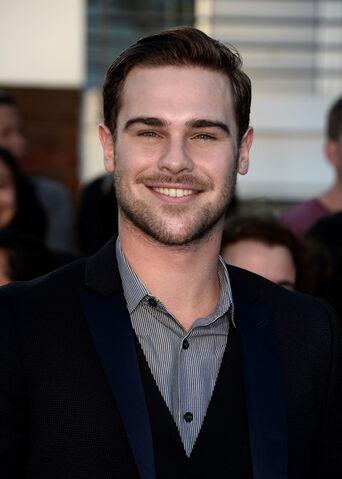 File:Grey Damon.jpg