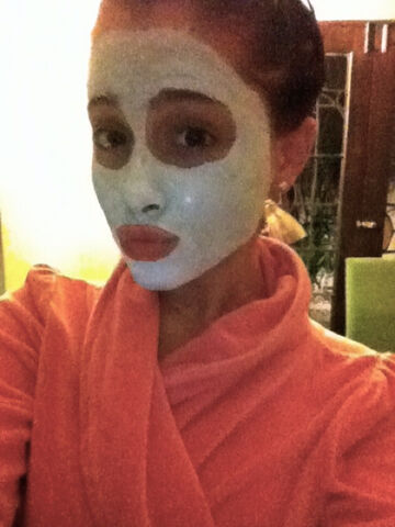 File:Ariana with a face mask august 13, 2011.jpg