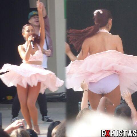 File:Vento-levanta-saia-de-ariana-grande-durante-show-na-califrnia.jpg
