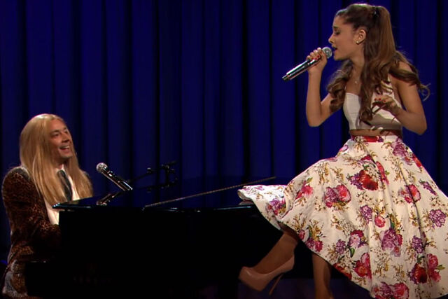 File:Ariana-Grande-Jimmy-Fallon-900-600.jpg