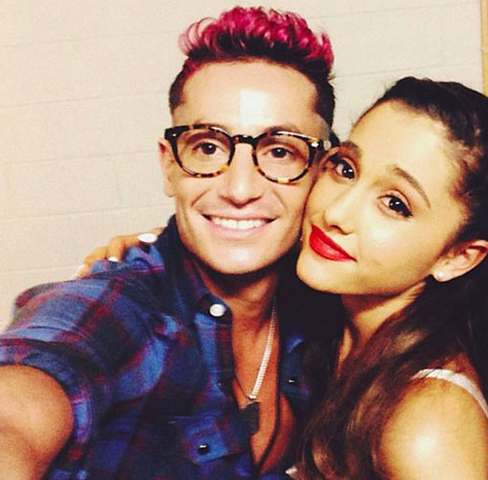 File:Frankie-glasses-with-ari.png
