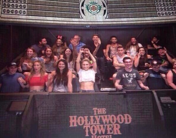 File:All of ariana's friend on the tower of terror.png