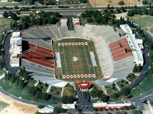 File:BulldogStadium.jpeg