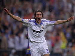 1222135130 Real Madrid Gonzalo Higuain 854768