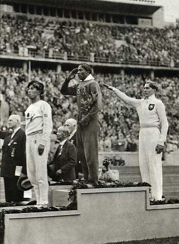 File:JesseOwens1936Olympics.jpg
