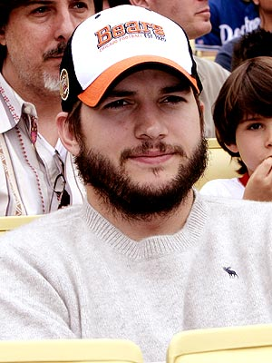 File:Ashtonkutcher.jpg