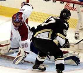 File:1202586970 Crosby-goal.jpg