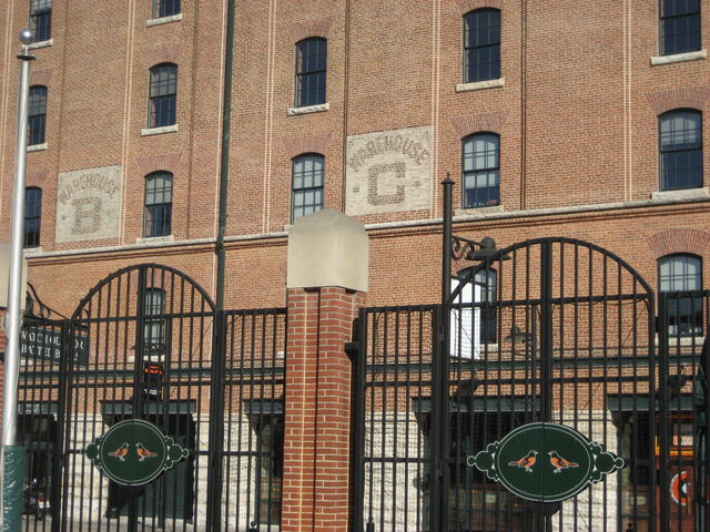 File:Baltimore Orioles-1199767268-751.jpg